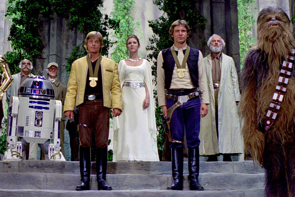 Star-Wars-IV-Throne-Ceremony_article_story_large